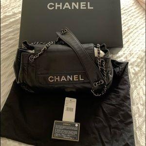 Chanel UNI Authentic 100% 94305 black bag